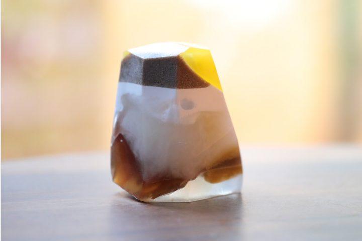 色の層がくっきり!オータムカラーの宝石石鹸