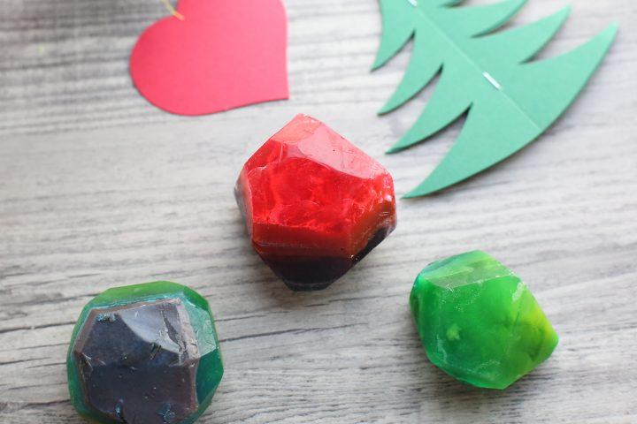 クリスマスカラーの宝石石鹸