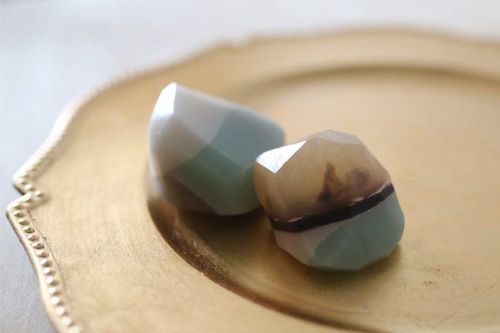 北欧カラーの宝石石鹸