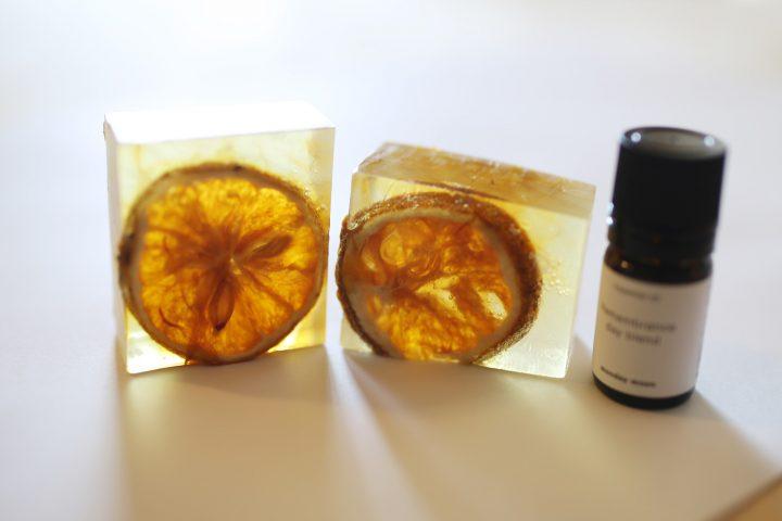 はちみつ色の、オレンジ石鹸