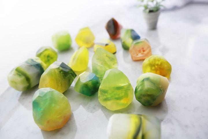 新緑の宝石石鹸