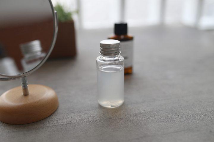 毛穴レス肌、ツバメの巣モイスチャー化粧水