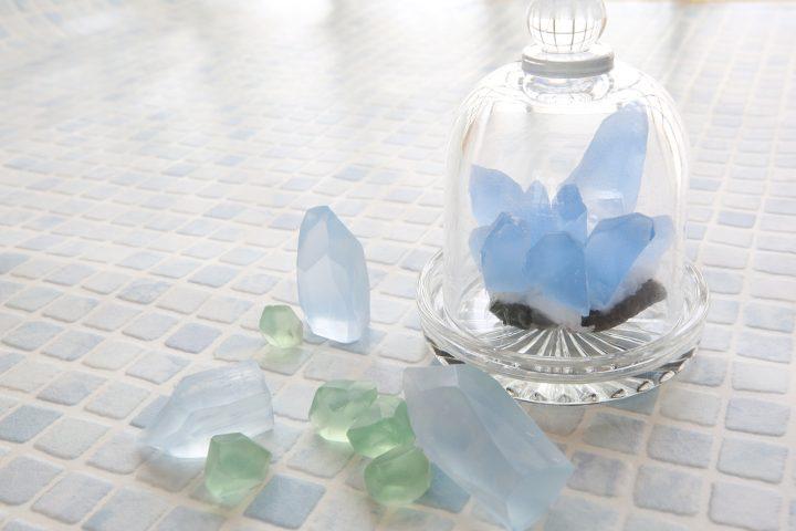 宝石石鹸、夏休みの自由研究としても人気!